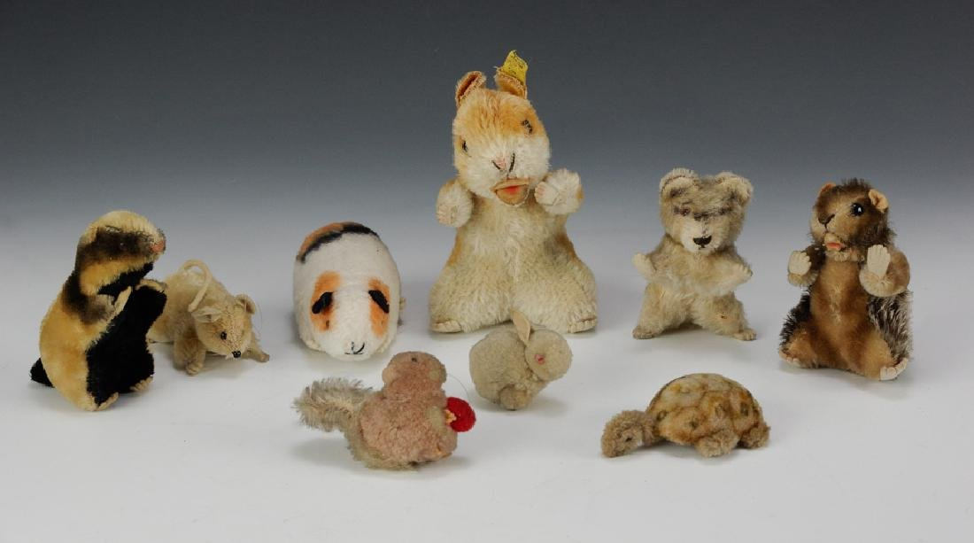 Group of 9 Miscellaneous Steiff Animals