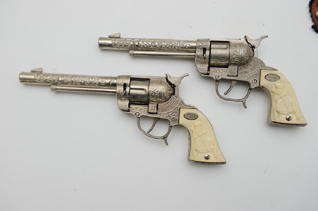 """Gene Autry """"Flying A Ranch"""" Holster & Cap Guns - 2"""