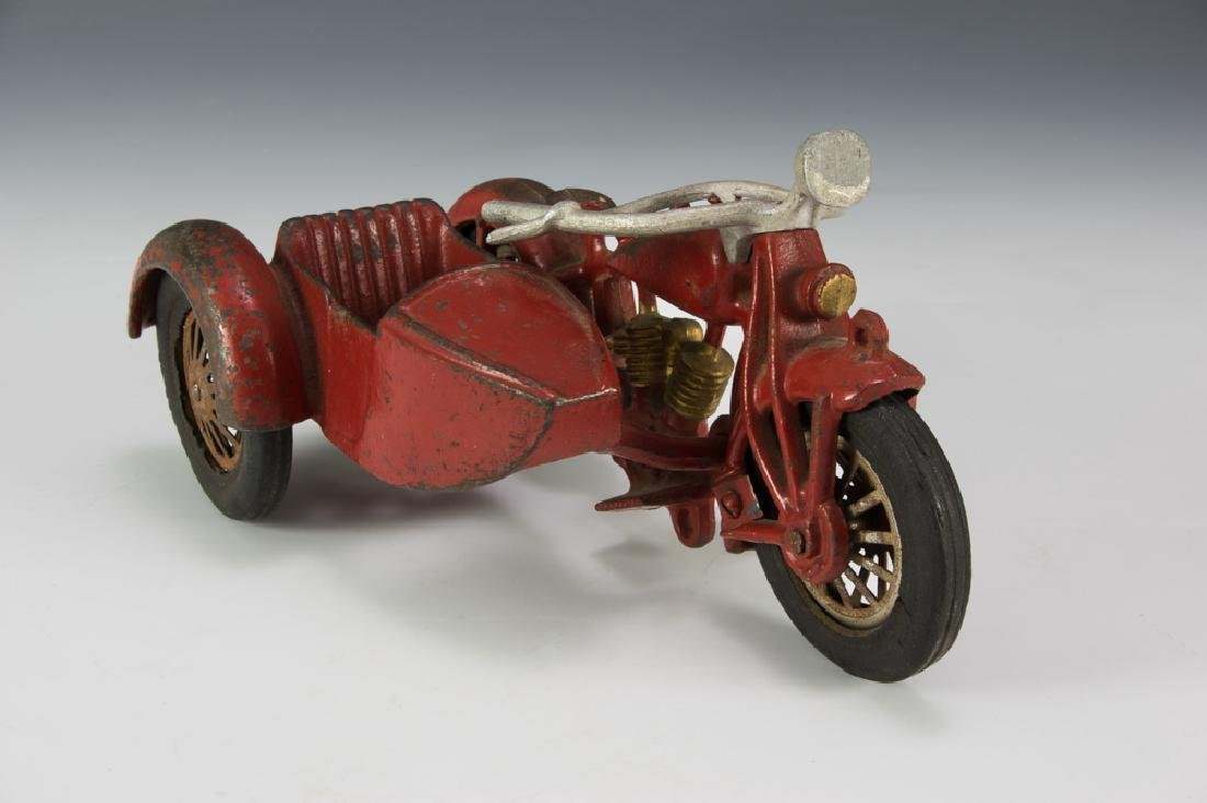 Hubley Cast Iron Motorcycle with Sidecar