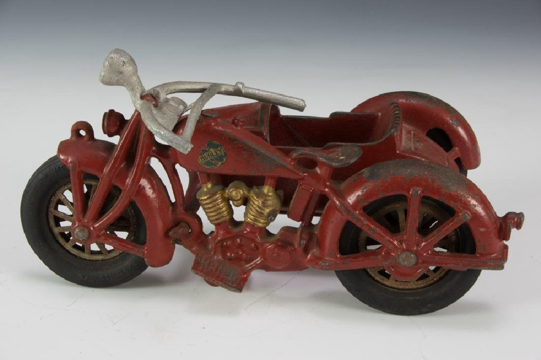 Hubley Cast Iron Motorcycle with Sidecar - 3