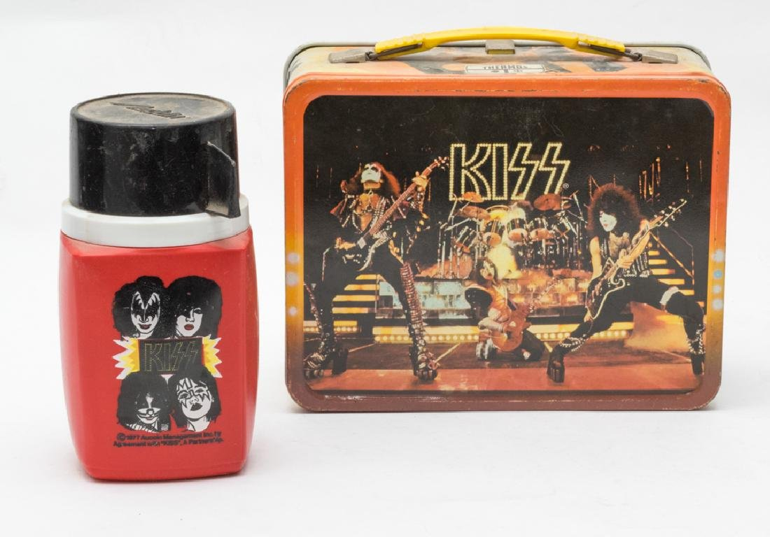 Tin Kiss Lunchbox w/ Thermos by King-Seeley
