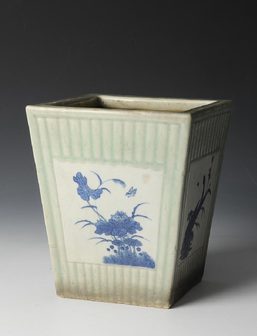 Chinese Celadon Glazed Planter, 19th Century - 2