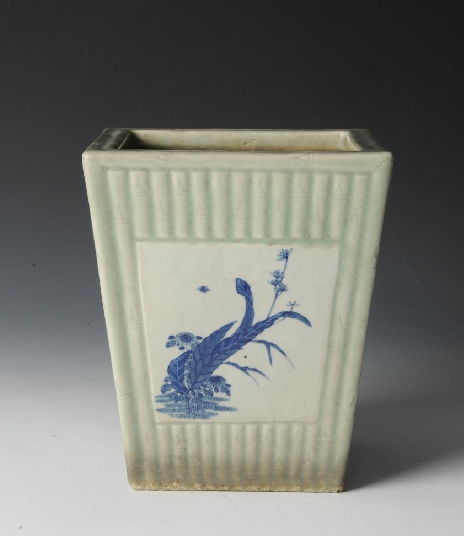 Chinese Celadon Glazed Planter, 19th Century - 3