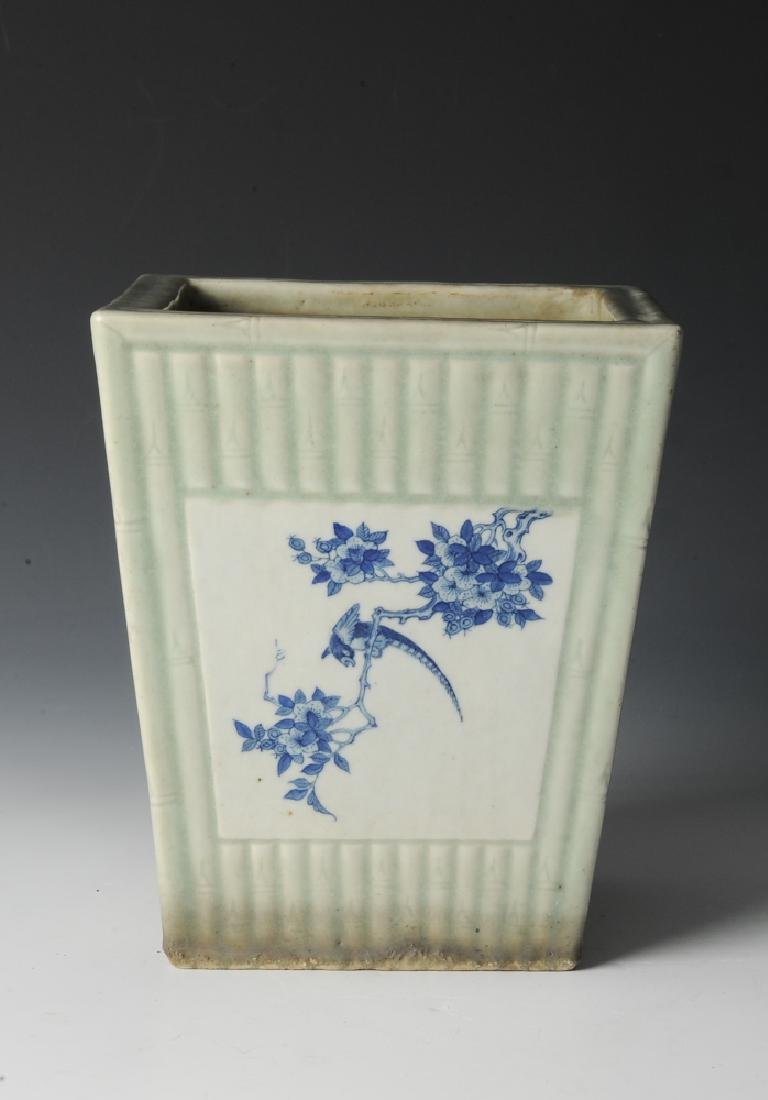 Chinese Celadon Glazed Planter, 19th Century - 5