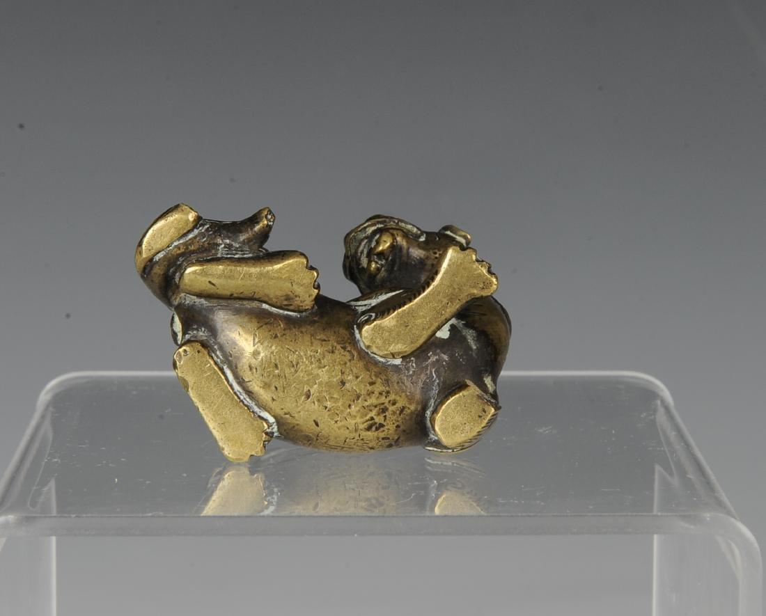 Gilt Bronze Beast Paper Weight, Ming Dynasty - 5