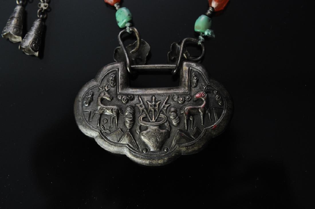 Two Chinese Silver Necklaces, 19th Century - 2