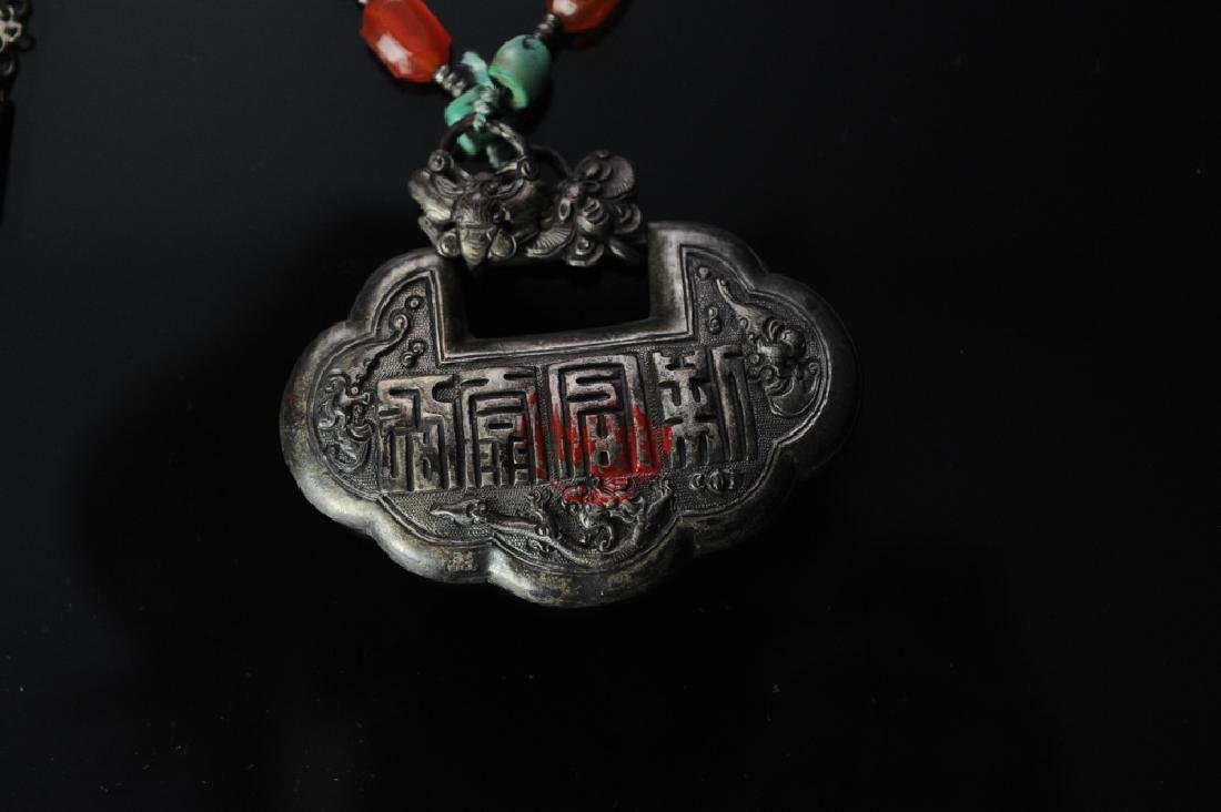 Two Chinese Silver Necklaces, 19th Century - 3