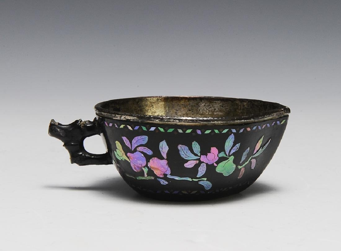 Chinese Mother of Pearl Lacquer Cup, 17th-18th C