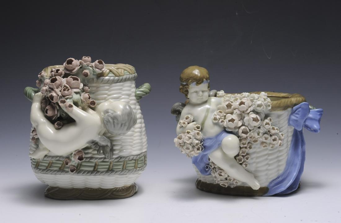 Two Amphora Baskets with Cherubs