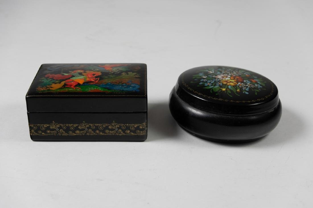 Two Small Russian Lacquer Boxes - 2
