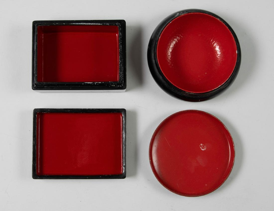 Two Small Russian Lacquer Boxes - 3