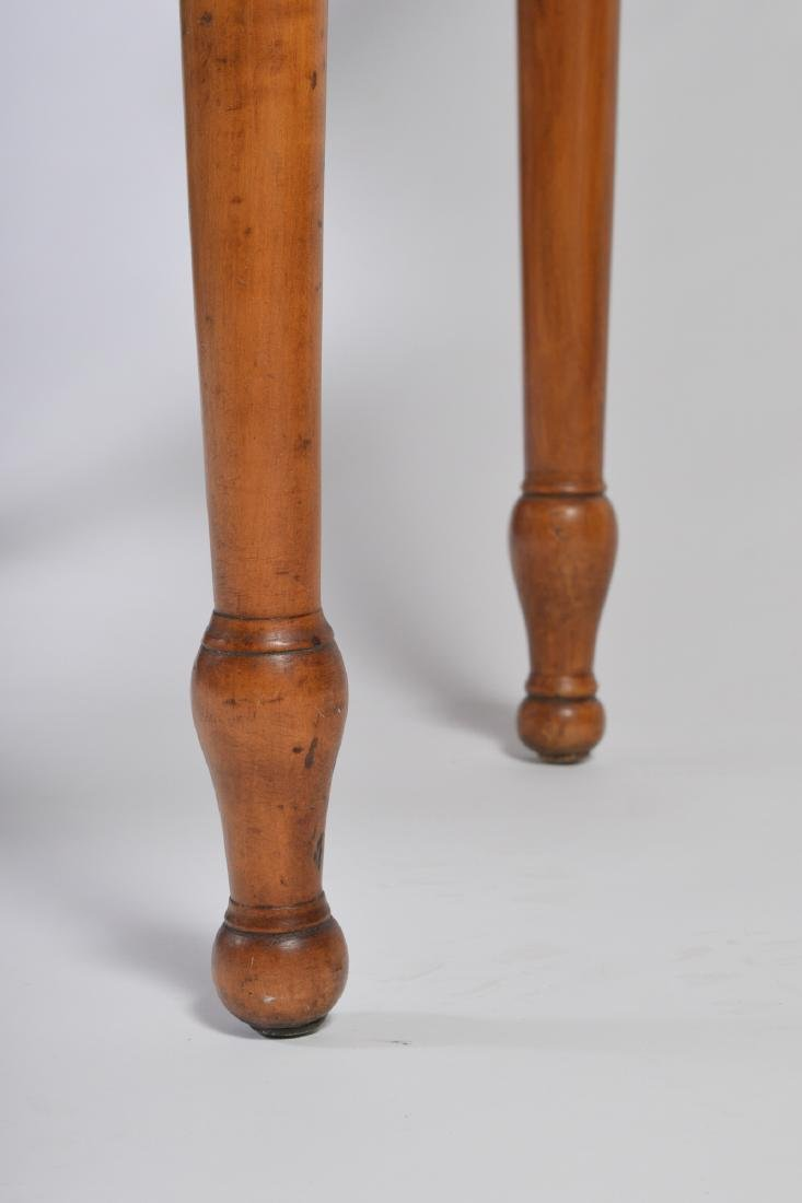 19th Century Tiger Maple Drop Leaf Table - 3