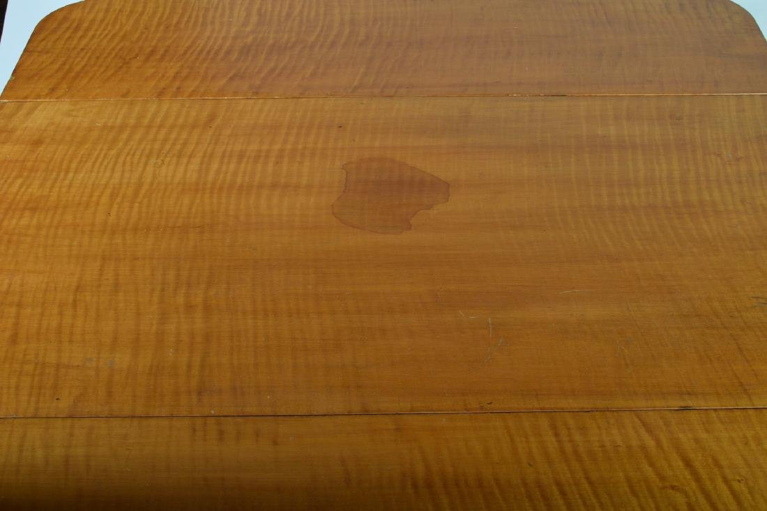 19th Century Tiger Maple Drop Leaf Table - 5