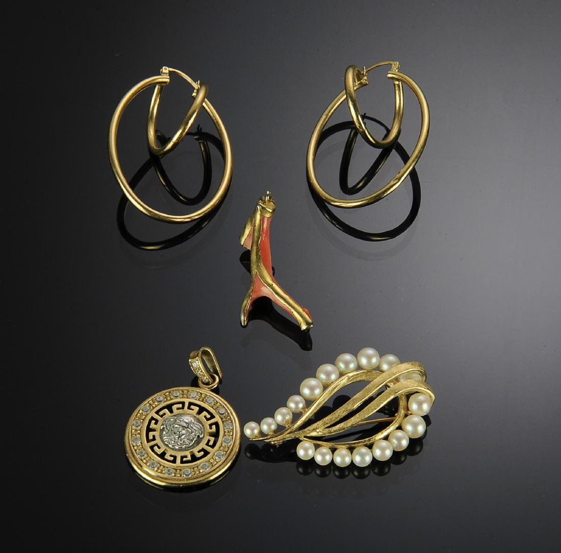 Five Pieces of 14K Gold Jewelry