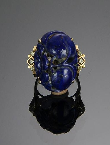 A 14k Gold and Carved Lapis Lazuli & Diamond Ring