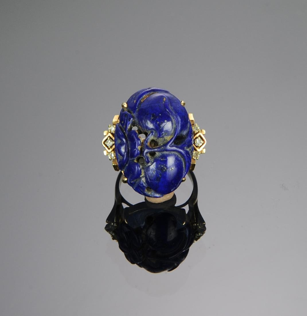 A 14k Gold and Carved Lapis Lazuli & Diamond Ring - 2
