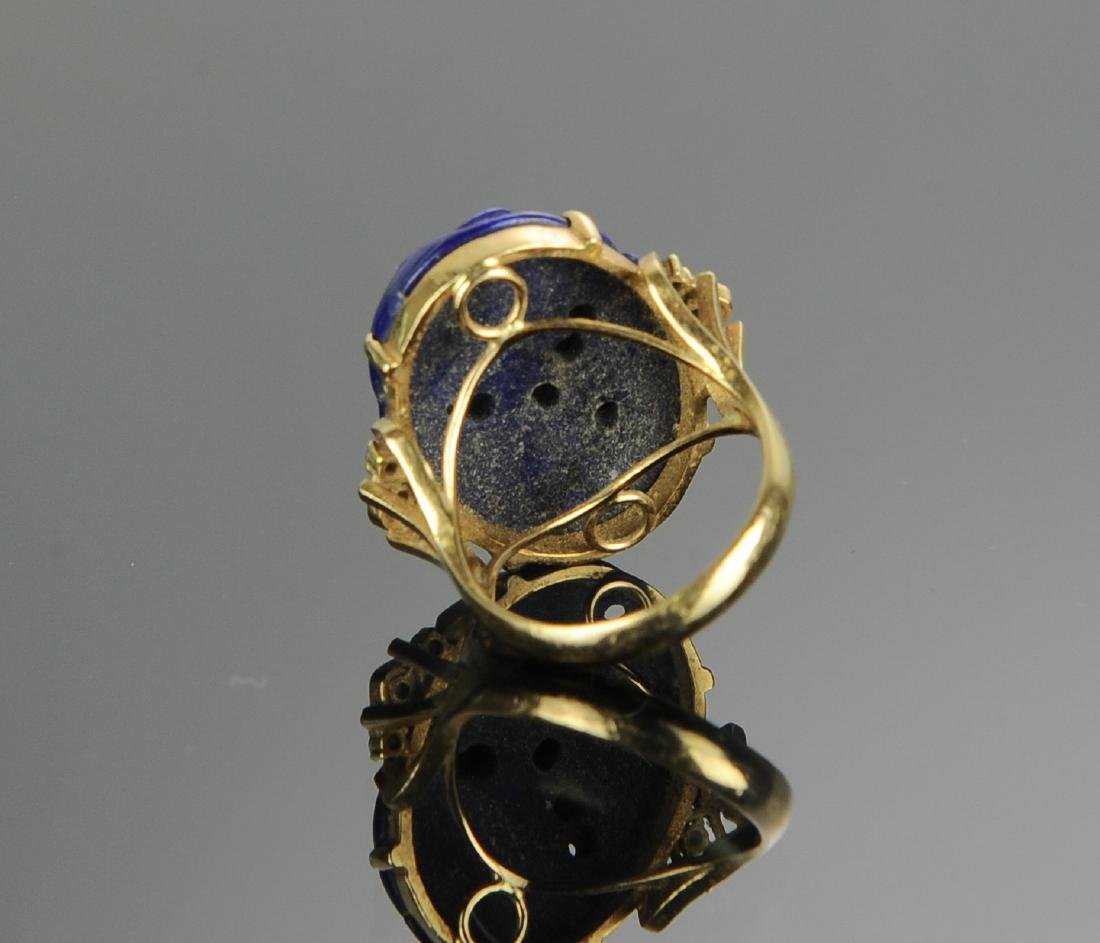 A 14k Gold and Carved Lapis Lazuli & Diamond Ring - 4