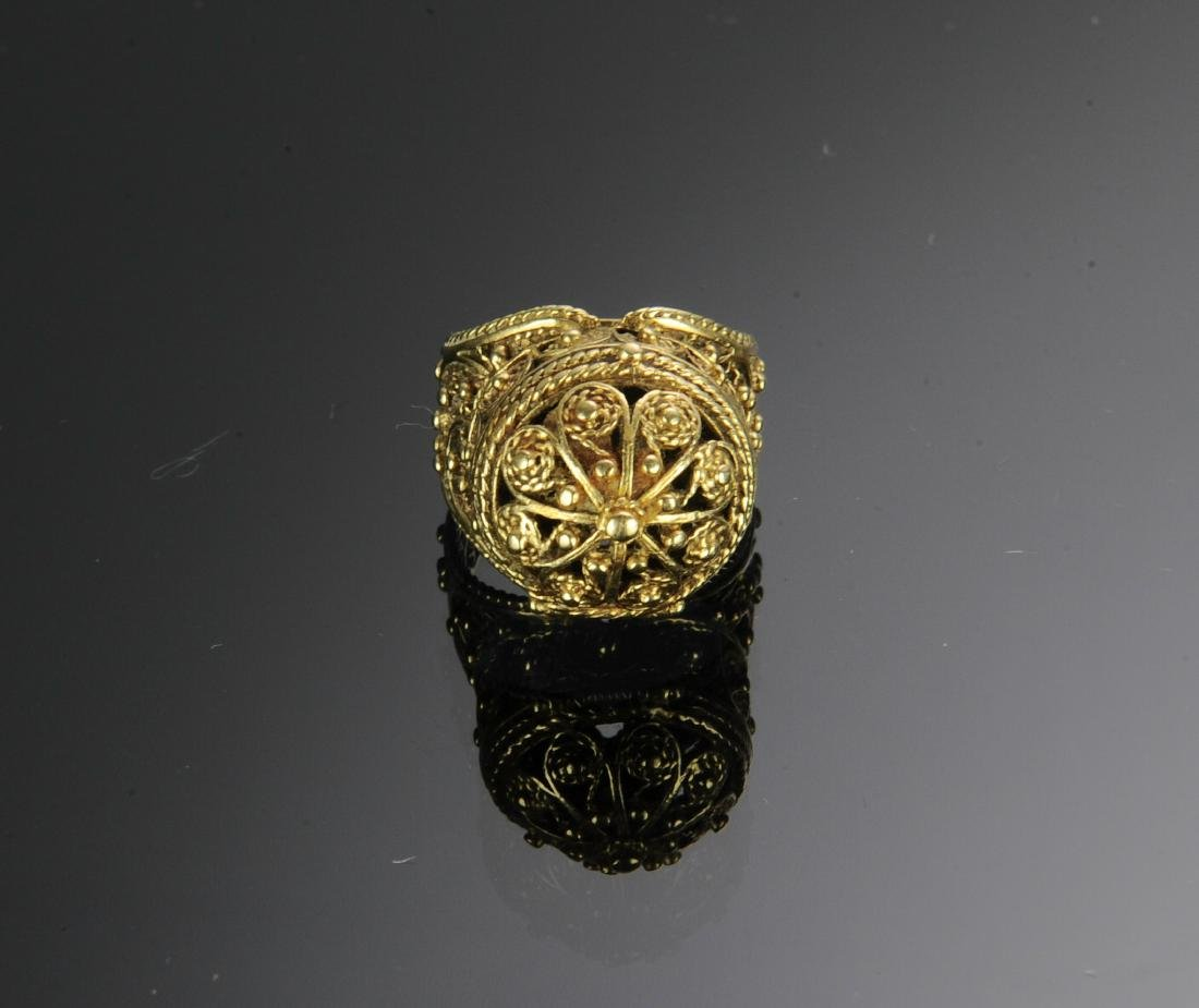 A 14K Gold Victorian Ring - 2