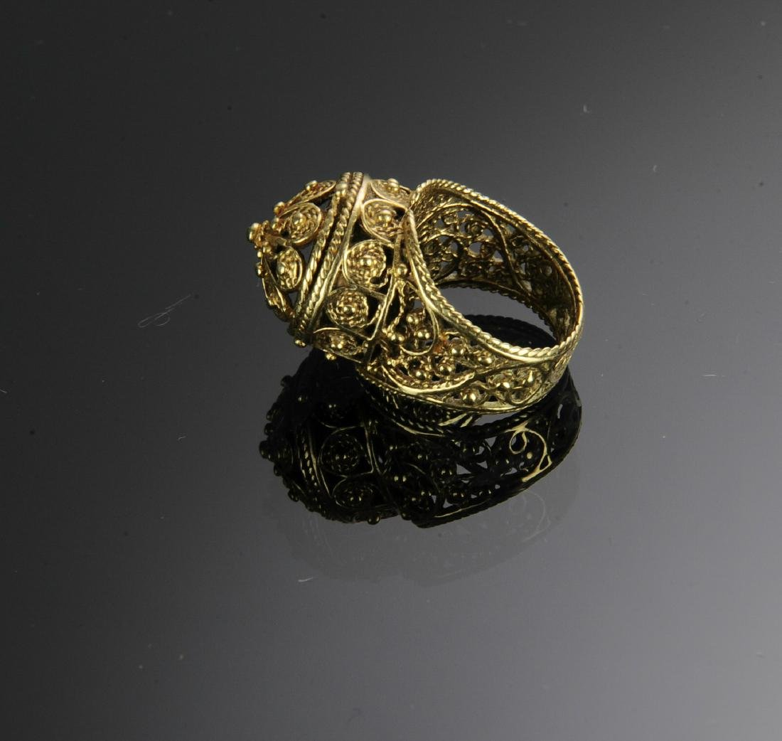 A 14K Gold Victorian Ring - 3