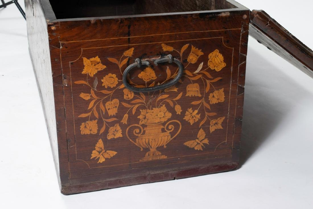 Early 19th Century Belgian Dower Chest - 7