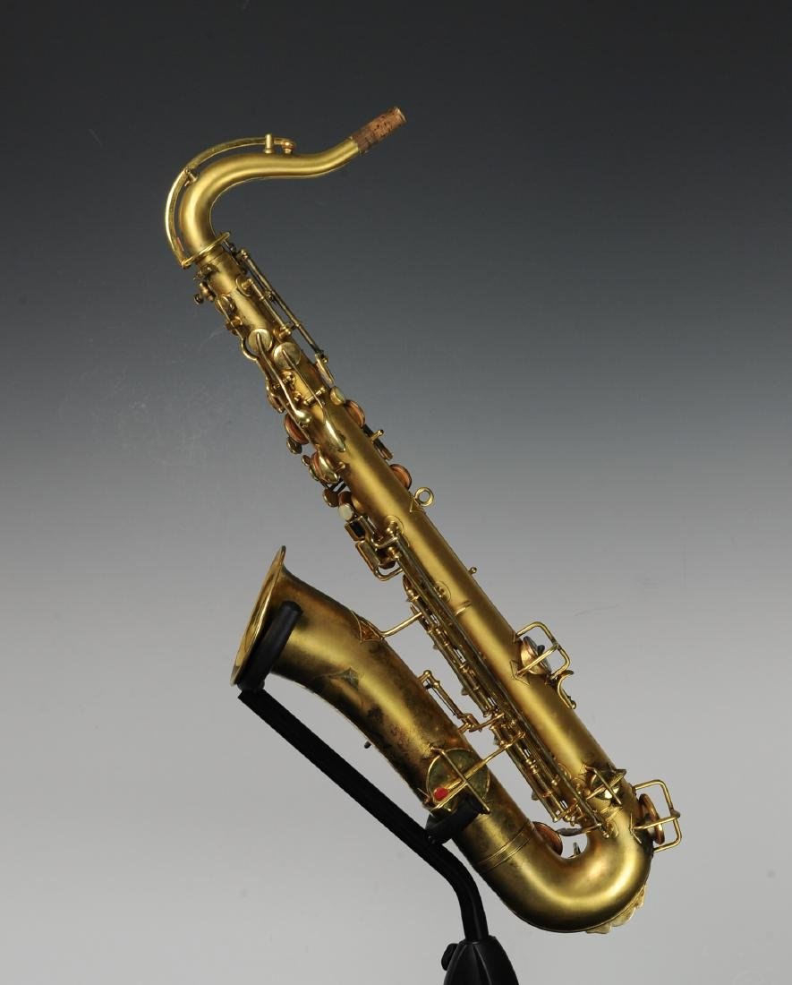 Cased Selmer Low Pitch Saxophone from Rudy Vallee - 2