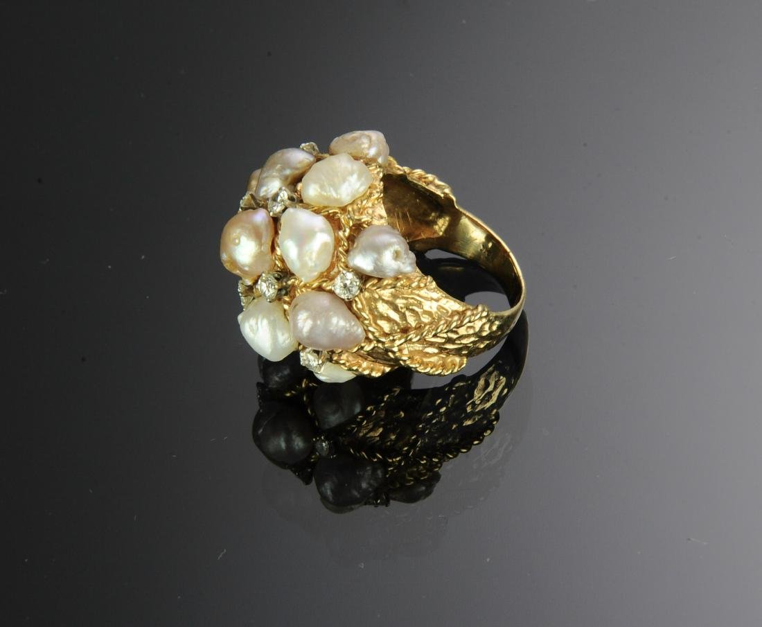 14K Gold Ring with Diamonds and Pearls - 3