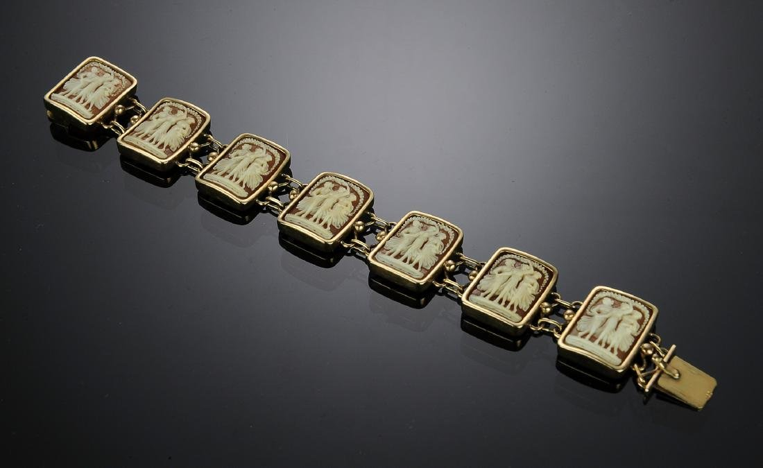14K Gold Three Graces Shell Cameo Bracelet