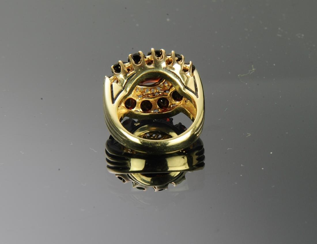 18K Gold and Garnet Ring - 4