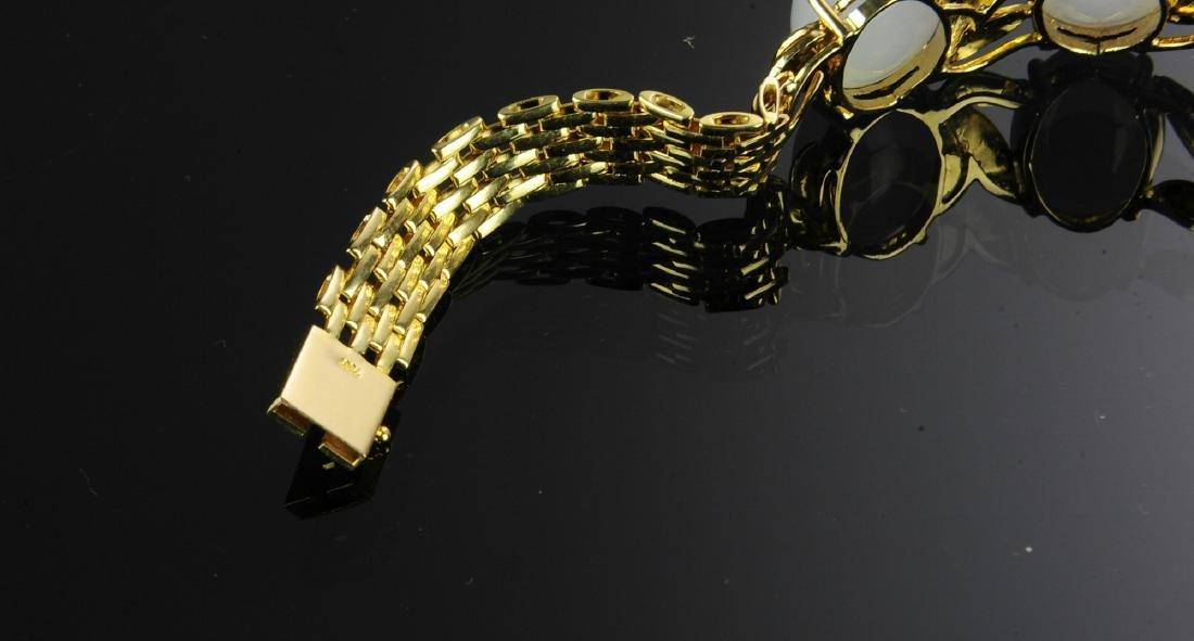 18K Gold, Lavender Jade and Diamond Bracelet - 2