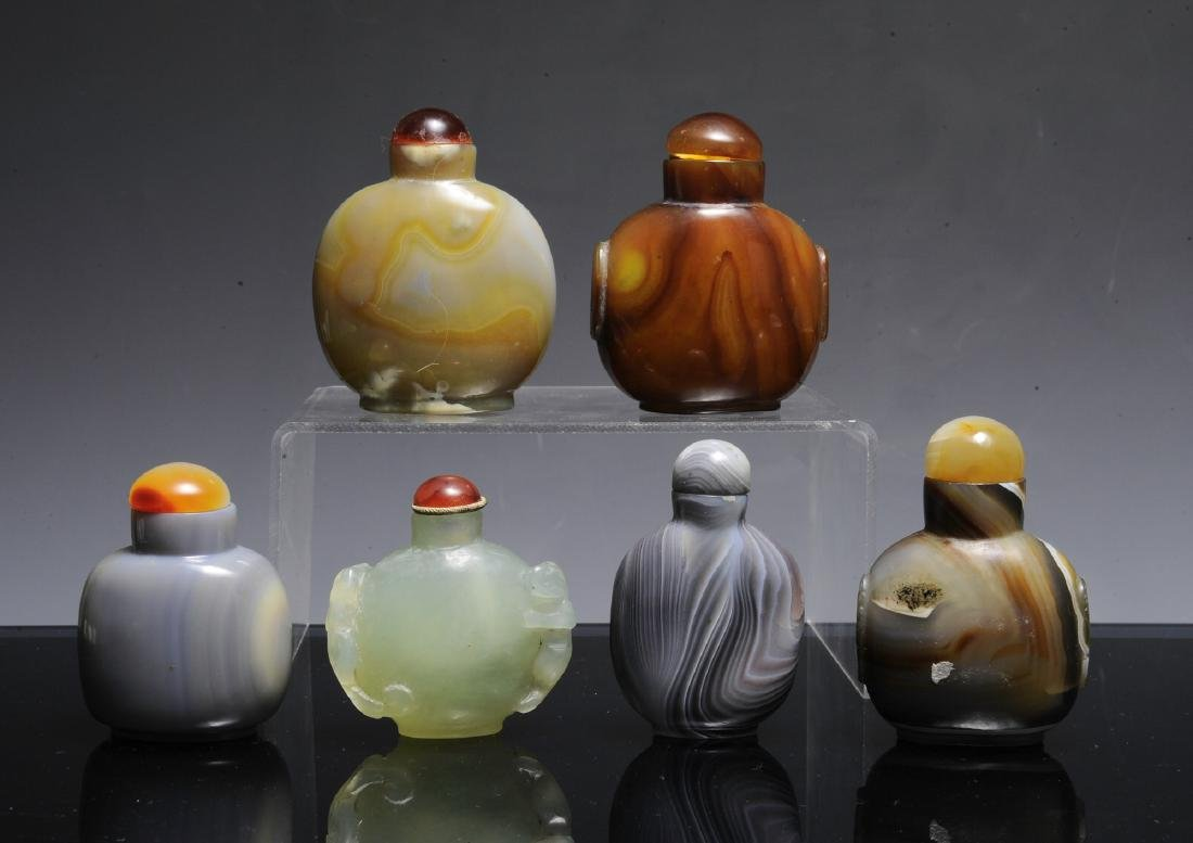 6 Agate & Jade Chinese Snuff Bottles, 19th - 20th C - 2