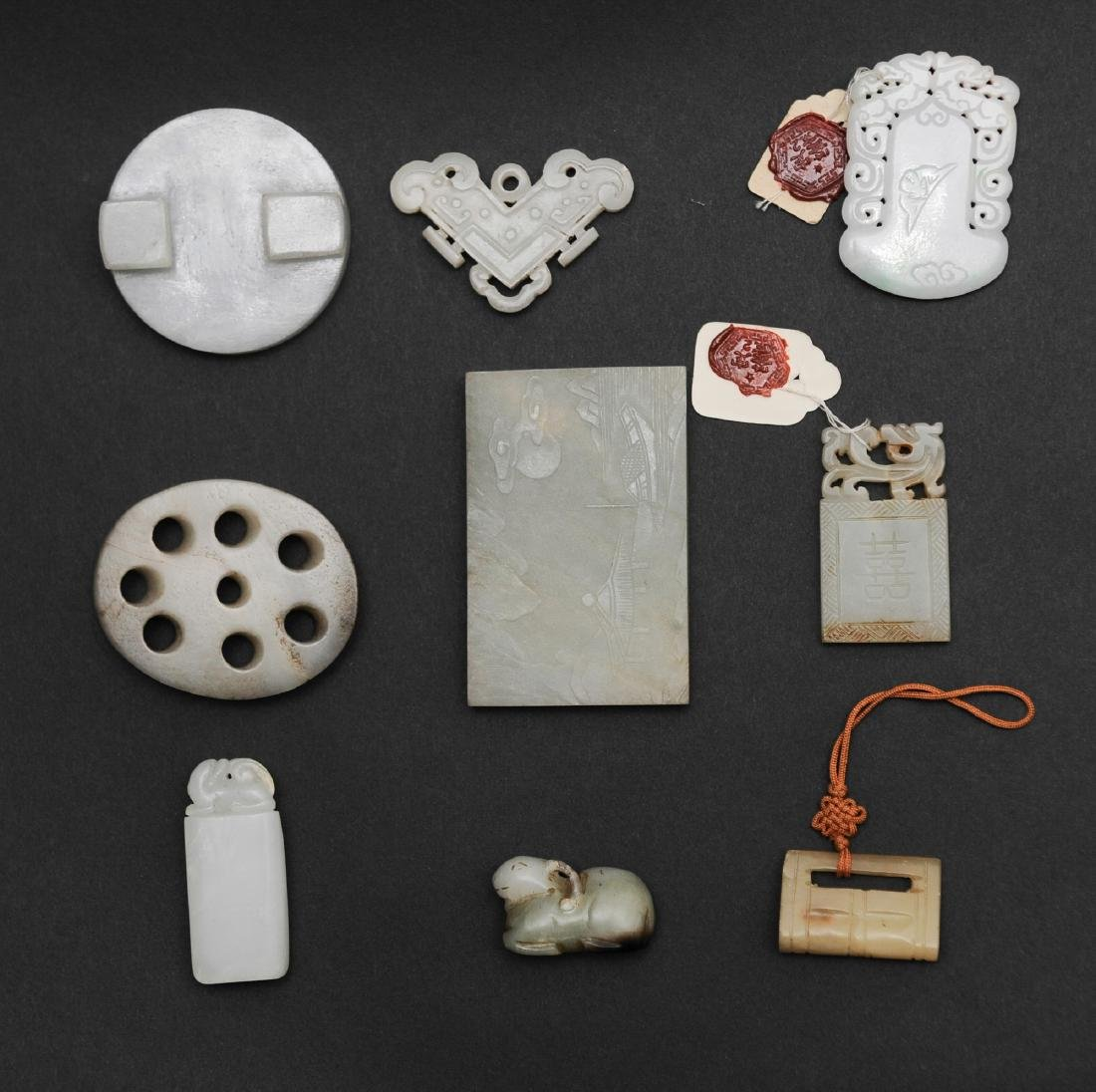 9 Chinese Jade & Jadeite Objects, 18 - 19th C - 2
