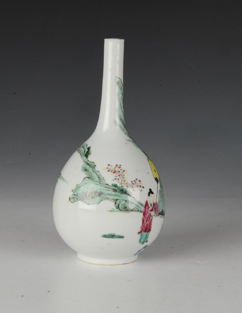 Chinese Famille Rose Stick Neck Vase, 18th -19th C - 2