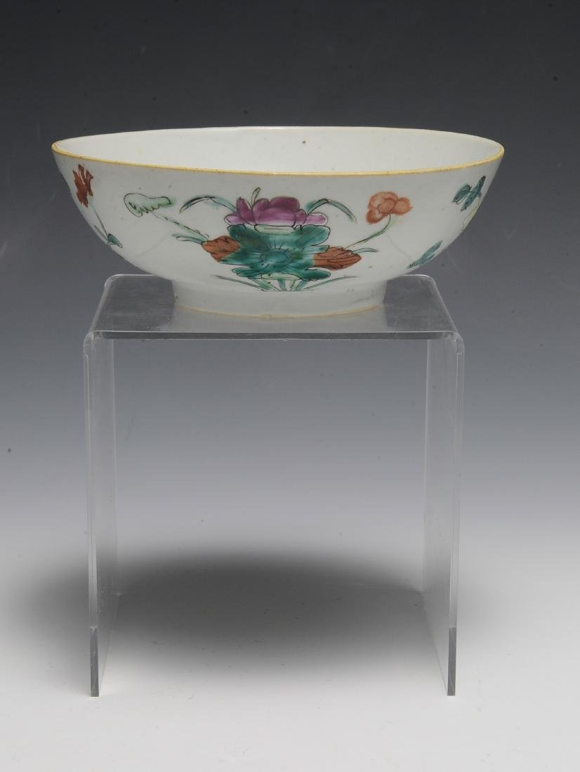 Chinese White Ground Floral Bowl, 19th C - 4