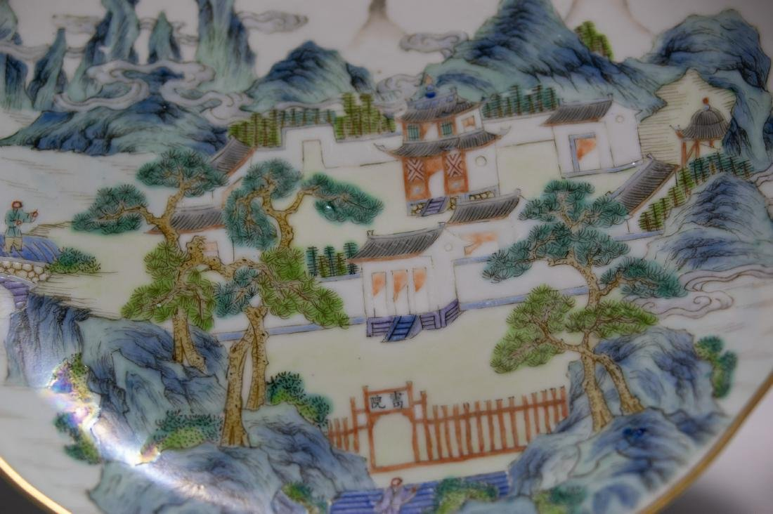 Pair of Chinese Porcelain Plates, Early 19th Century - 3