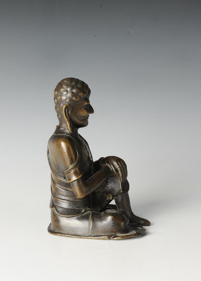 Bronze Luohan Figure, 16th-17th Century - 2
