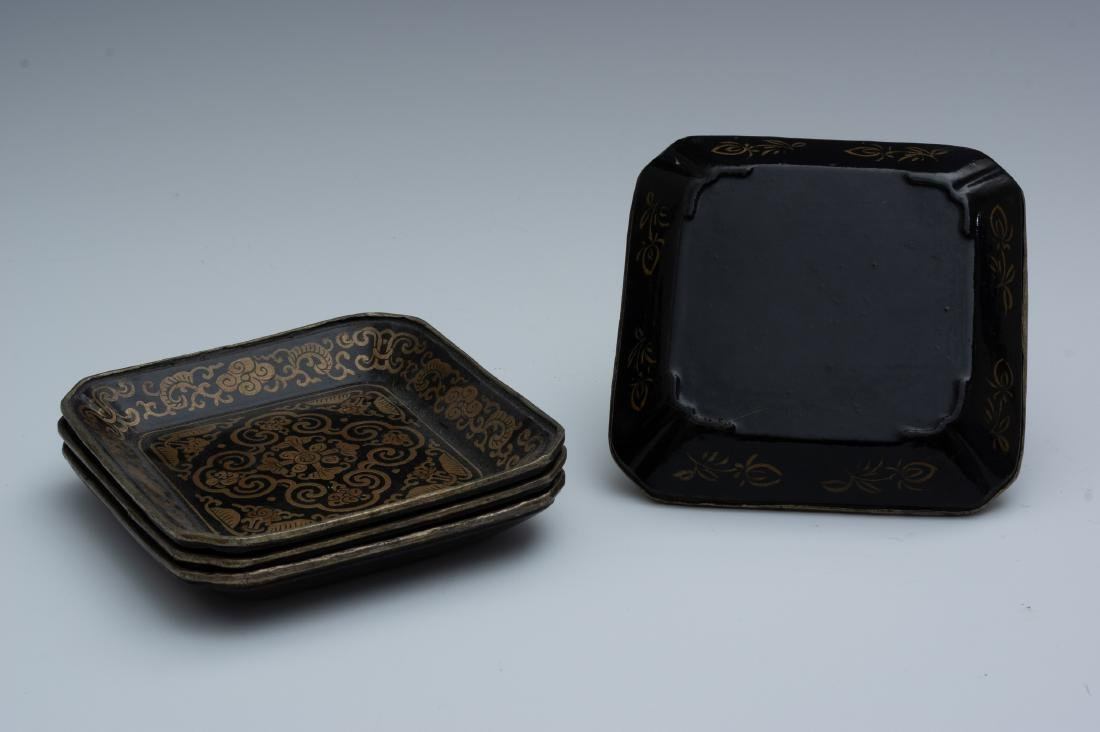 Chinese Set of 4 Square Lacquer Trays, 18th Century - 2
