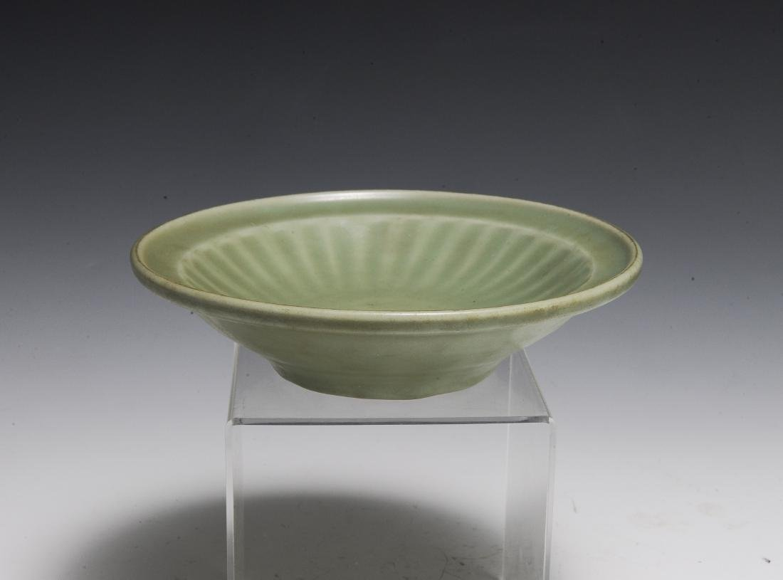 Chinese Longquan-Style Celadon Plate, Ming - 3