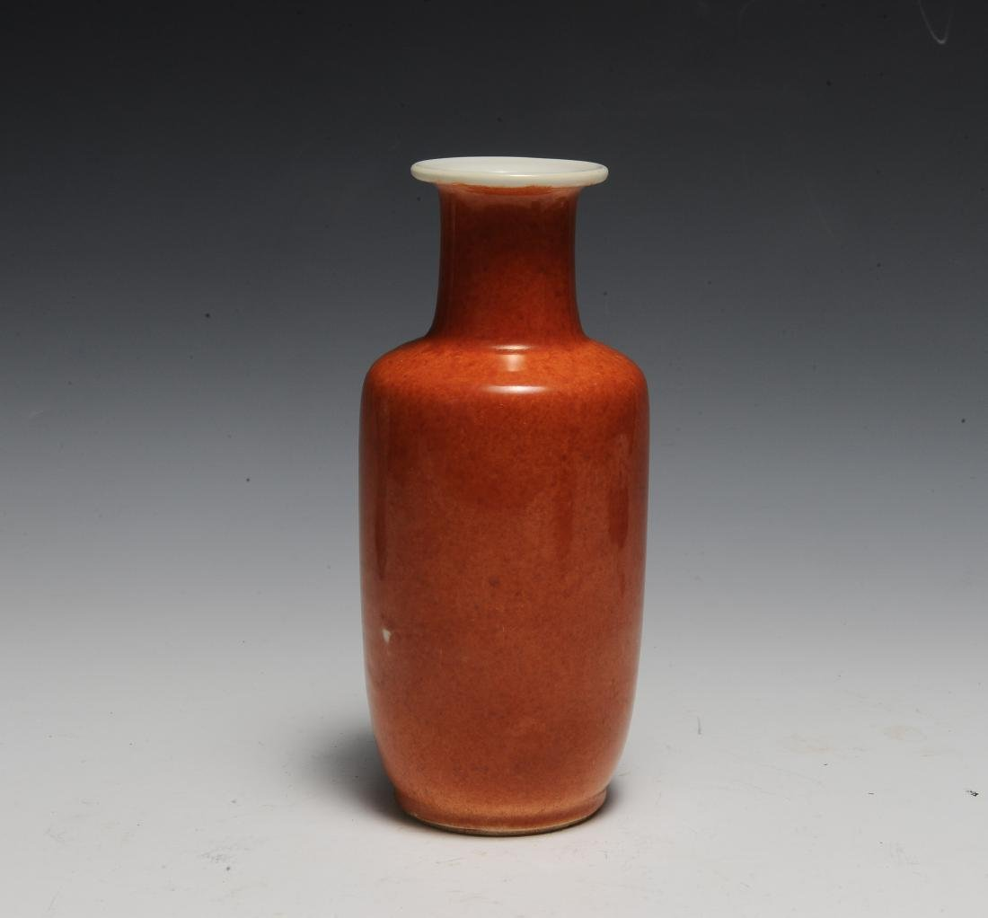 Chinese Coral Glazed Rouleau Vase, 17th Century - 2