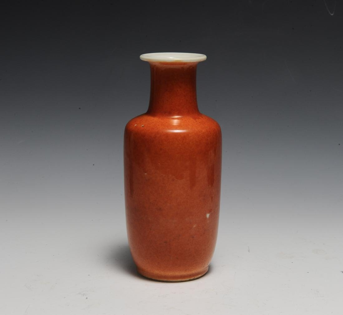 Chinese Coral Glazed Rouleau Vase, 17th Century - 3