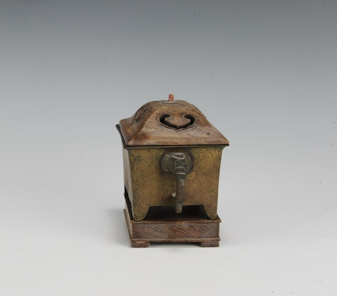 Chinese Rectangular Bronze Incense Burner, 19th Century - 5
