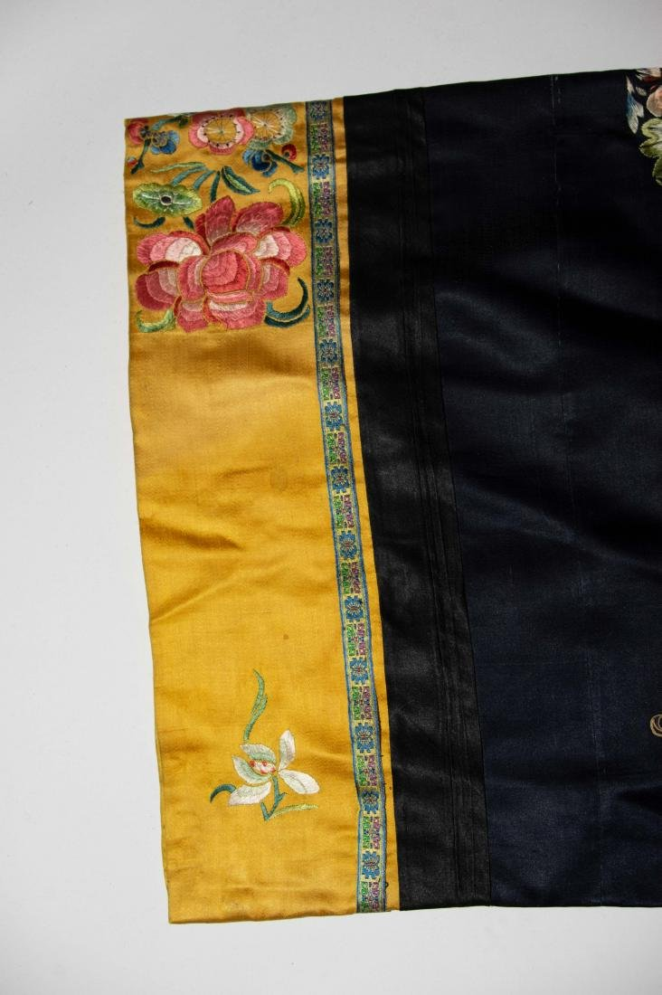 Chinese Court Lady's Robe, 19th Century - 4