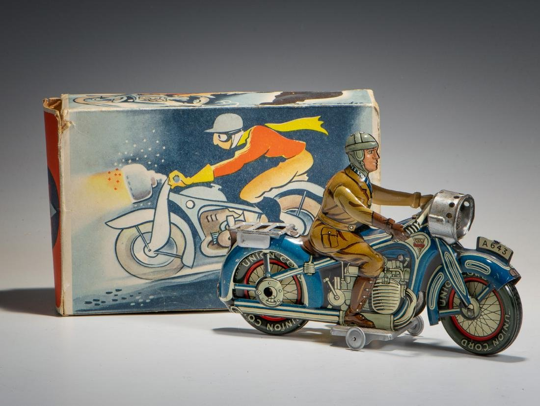 Boxed Arnold Motorcycle A643
