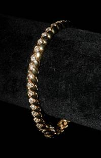 Lady's 14K Gold and Diamond Bracelet