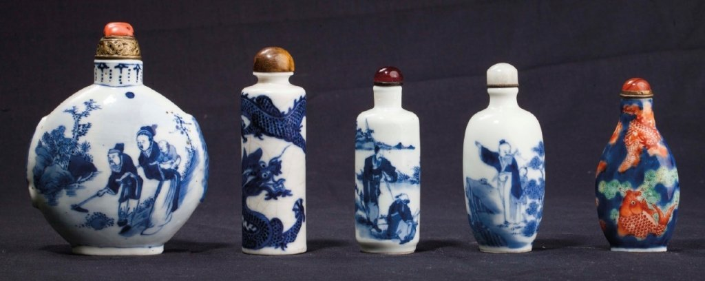 Five snuff bottles	 19th - 20th century