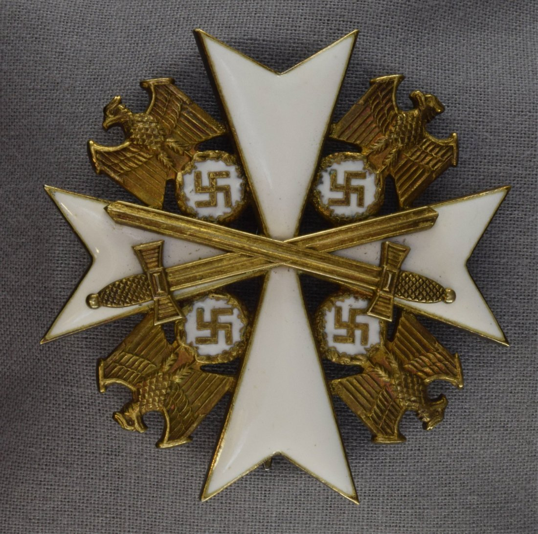 Ger WW2 2nd Class Eagle Order Decoration w Swords