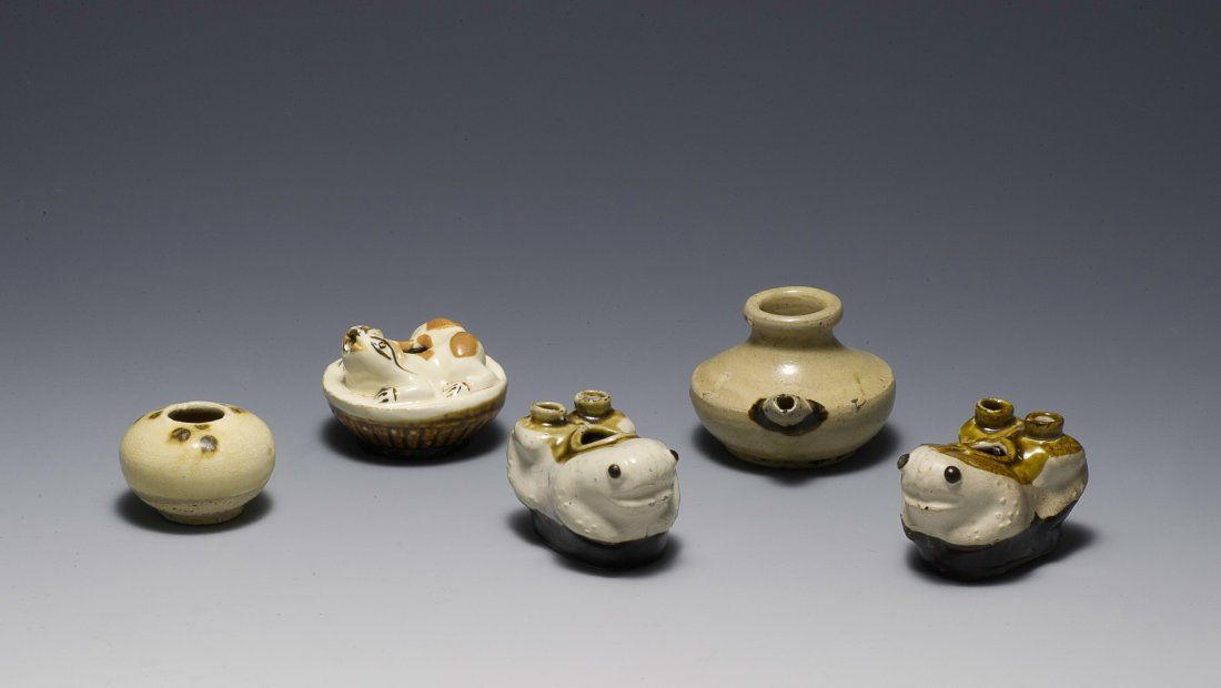 5 White Glaze Porcelain Items, Ming or Earlier