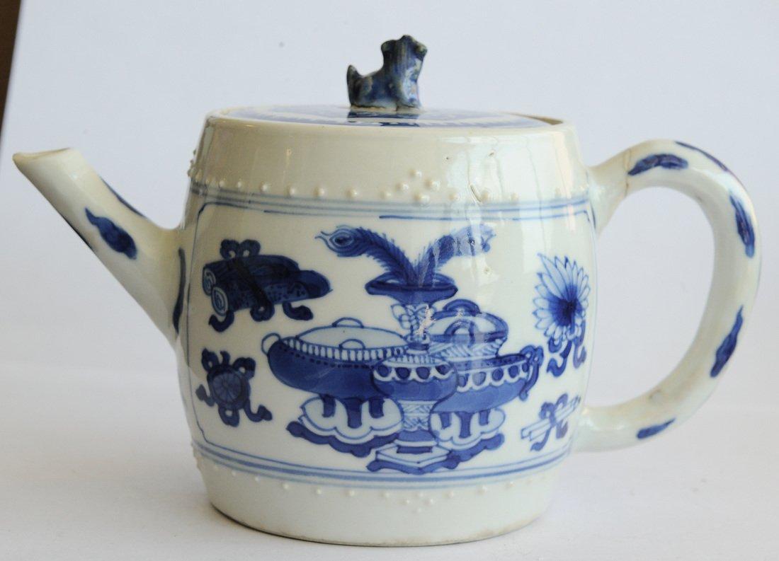 Blue & White Teapot, Kangxi Period - 4