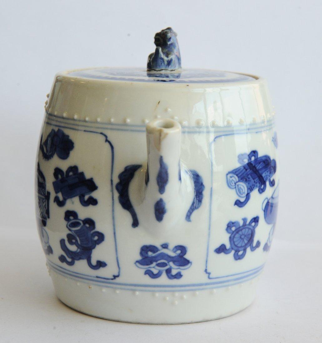 Blue & White Teapot, Kangxi Period - 5