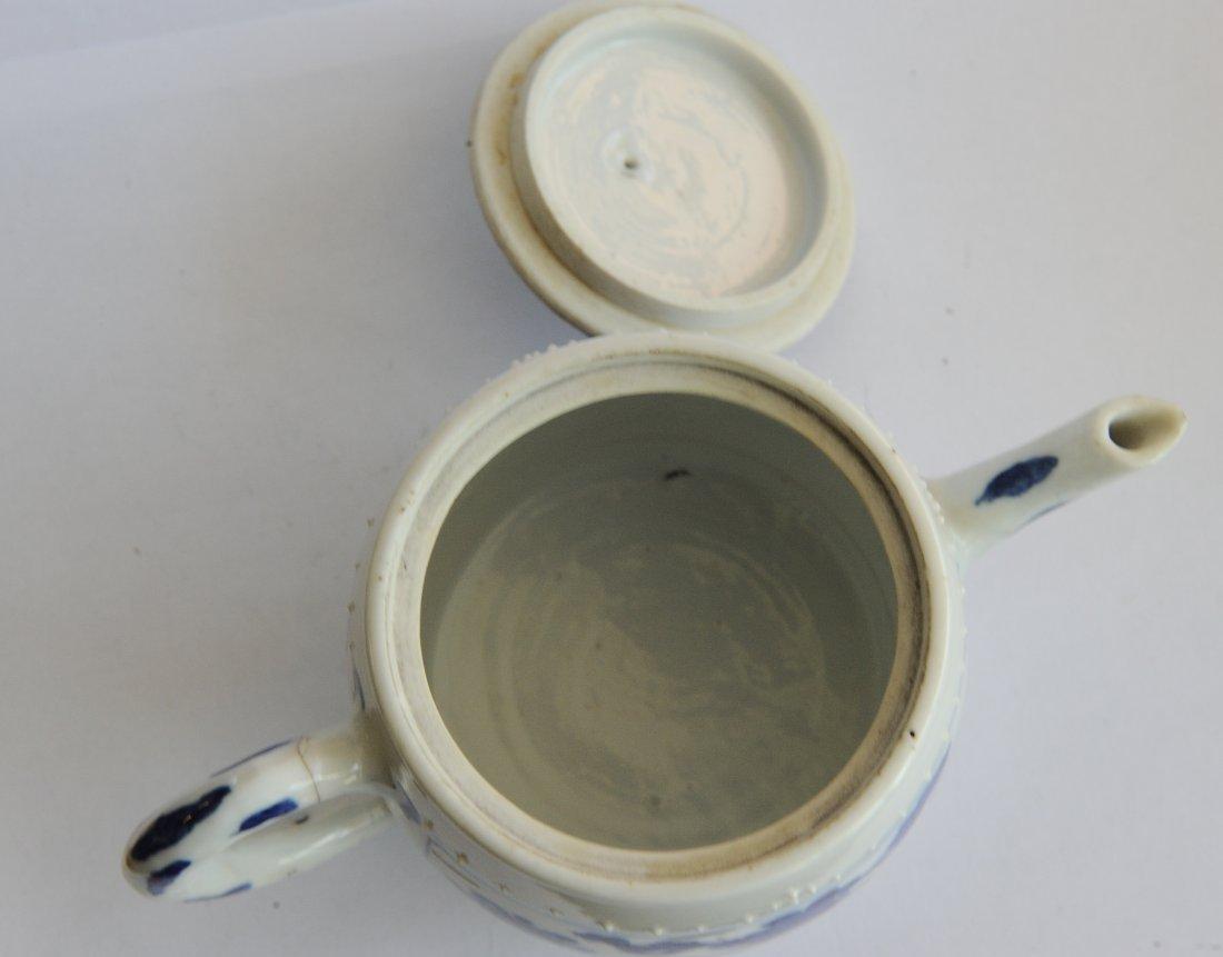 Blue & White Teapot, Kangxi Period - 8