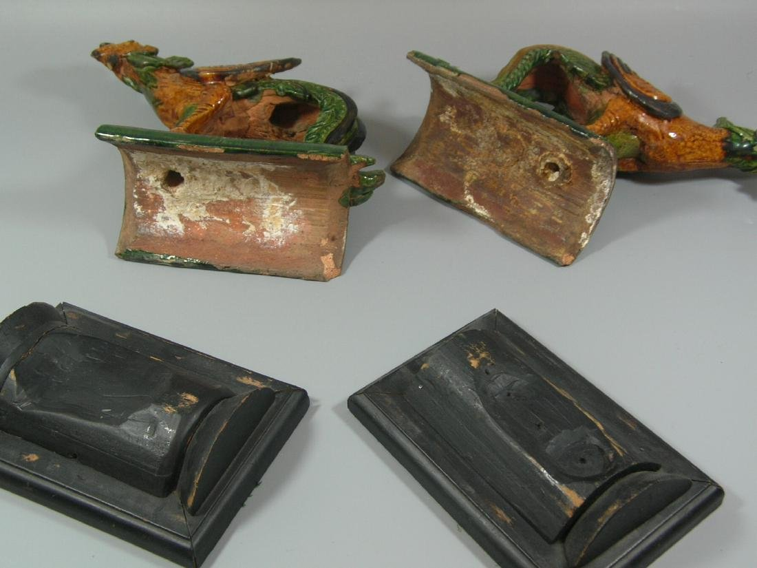 Pair of Ming Dynasty Sancai Glazed 'Phoenix' Roof Tiles - 8